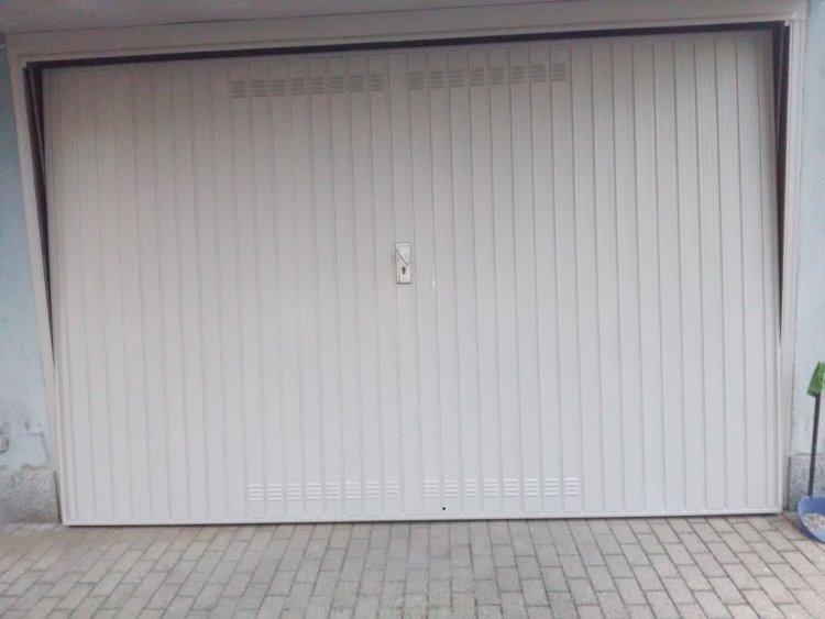 Verniciatura Serrande Garage